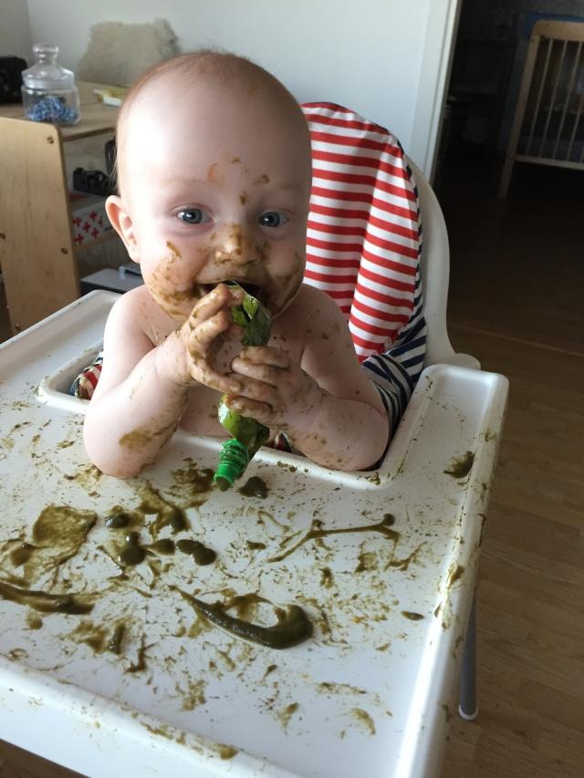 Vahel tundub mulle, et JJ söömine kujuneb ka väikseks loovustunniks :D